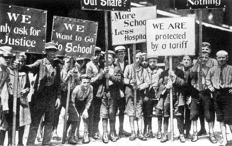 Children who worked instead of being in school (http://explorepahistory.com/displayimage.php?imgId=1-2-121B)